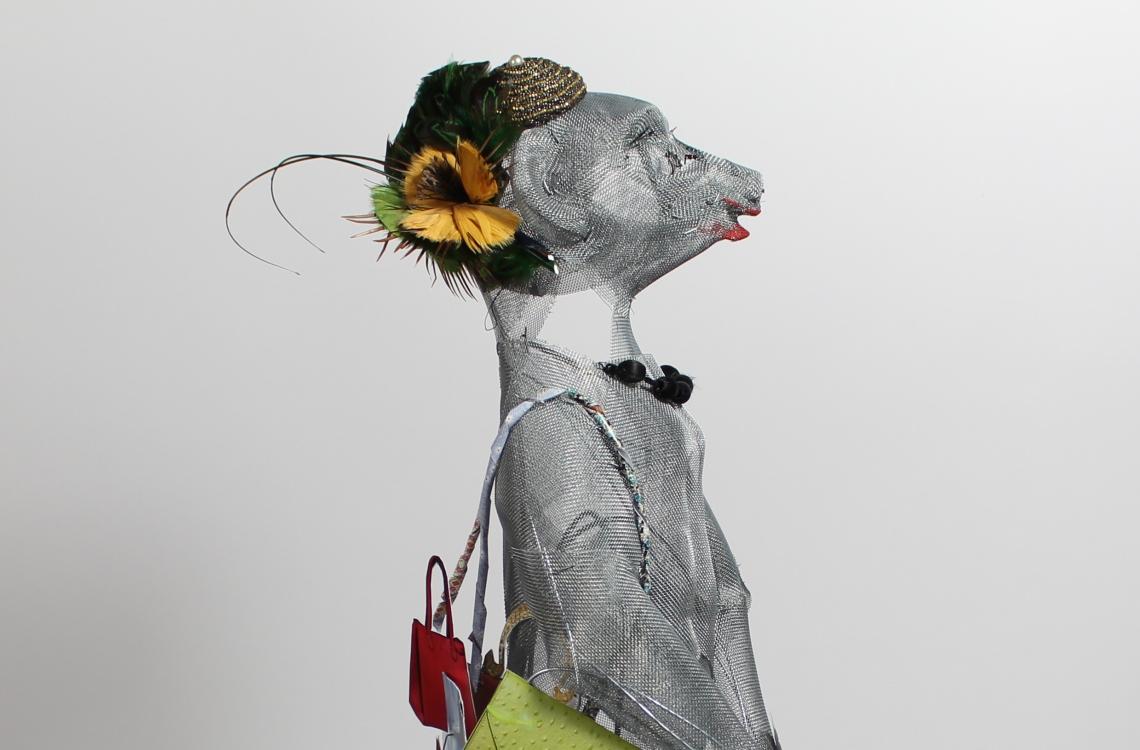 adele-erdmannchen-weibchen-2
